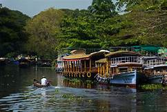 kerala back waters packages